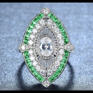 Jewelry - Gorgeous Ring